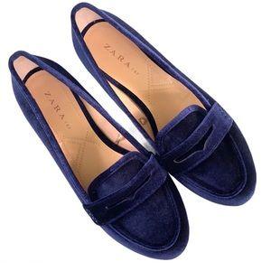 EUC Zara velvet loafers